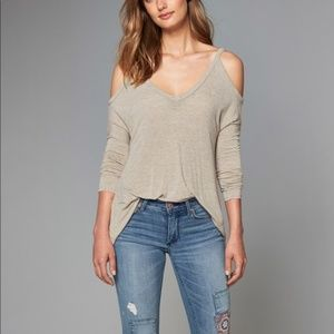 Abercrombie Grey Cold Shoulder Top Size XS